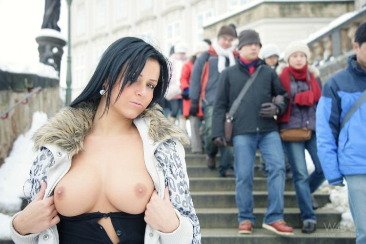 Leticia is going naked on the streets of Prague - 10