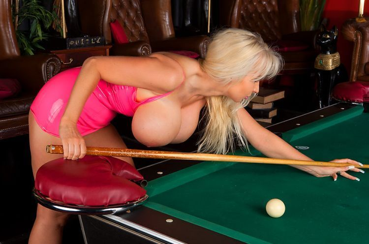 Girls and billiard - 03