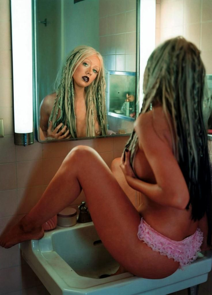 Compilation of the sexiest photos of Christina Aguilera - 01