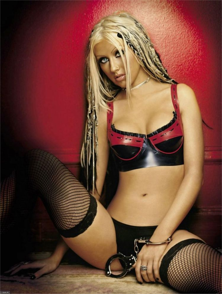 Compilation of the sexiest photos of Christina Aguilera - 12