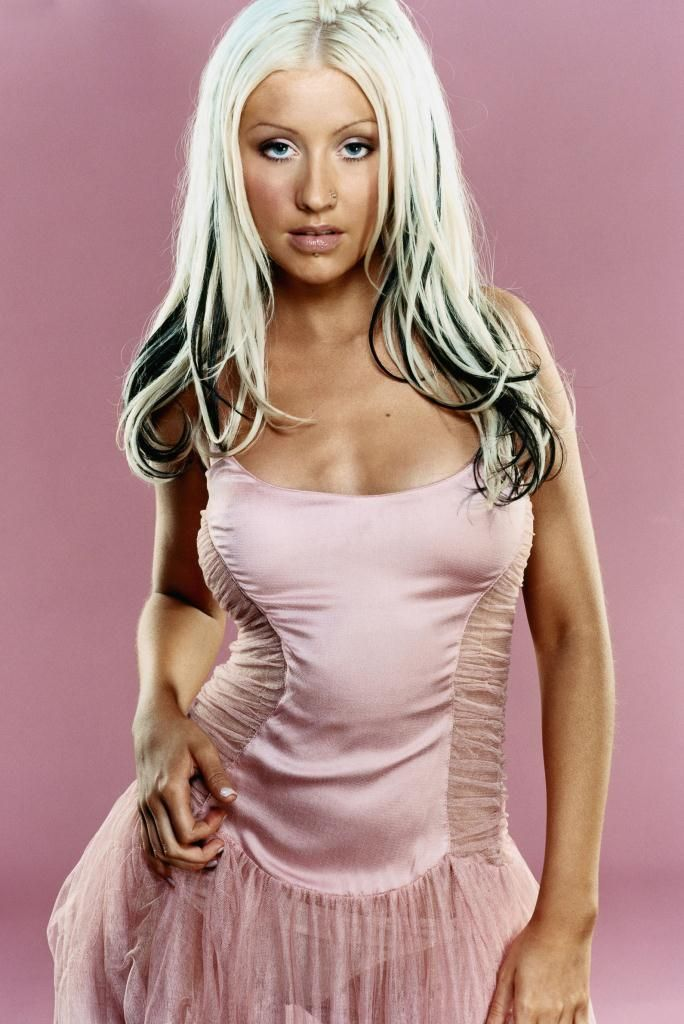 Compilation of the sexiest photos of Christina Aguilera - 33