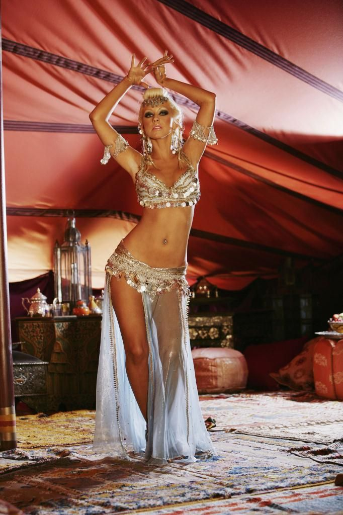 Compilation of the sexiest photos of Christina Aguilera - 46