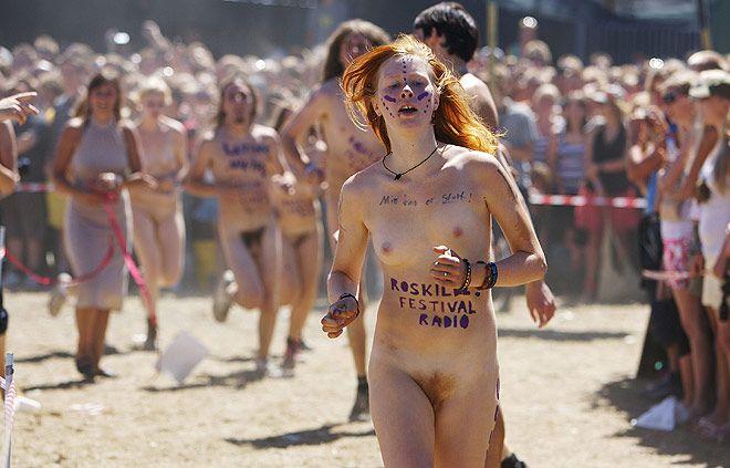 Naked sprint at the Roskilde Music Festival - 12