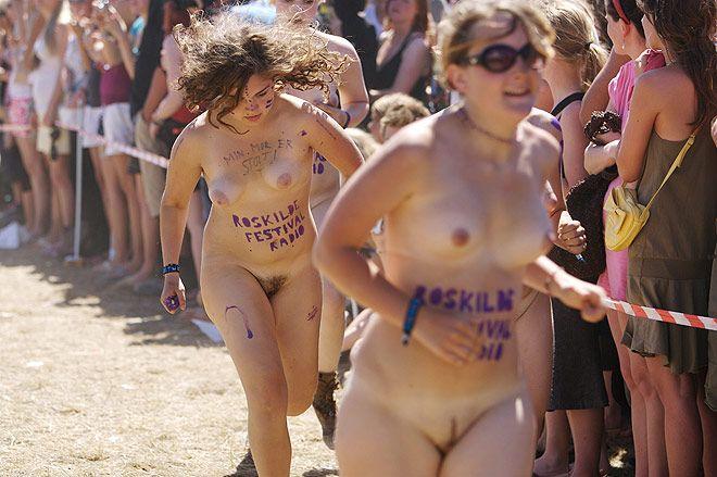 Naked sprint at the Roskilde Music Festival - 13