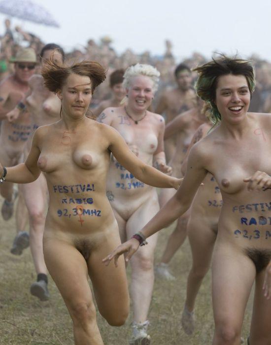 Naked sprint at the Roskilde Music Festival - 28