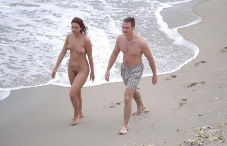 Hot days on a nudist beach - 04