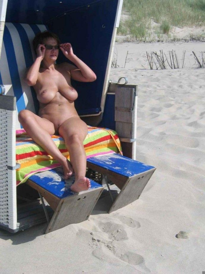 Hot days on a nudist beach - 15