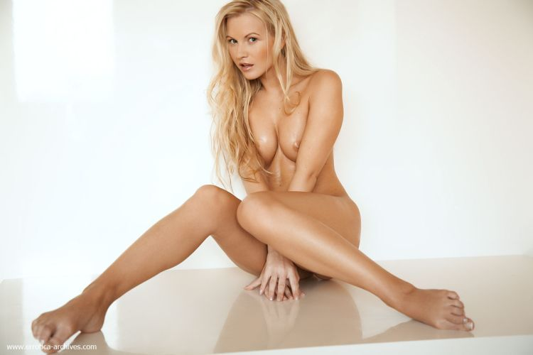 It is a pure pleasure to look at lovely Vanessa - 05