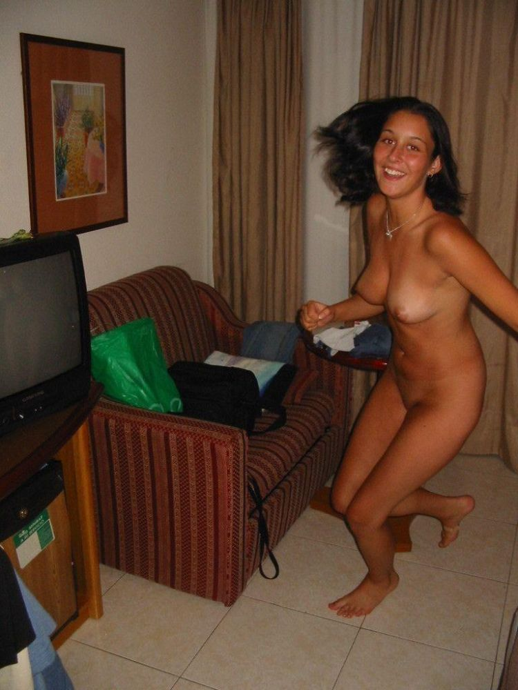 She poses for her boyfriend, but anybody who has Internet can see her - 09