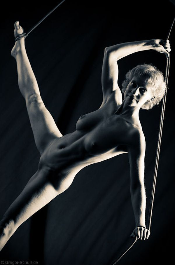 Amazing erotic photos by Gregor Schulz - 02