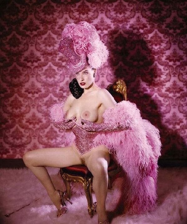 Big collection of erotic photos of burlesque queen Dita von Teese - 13