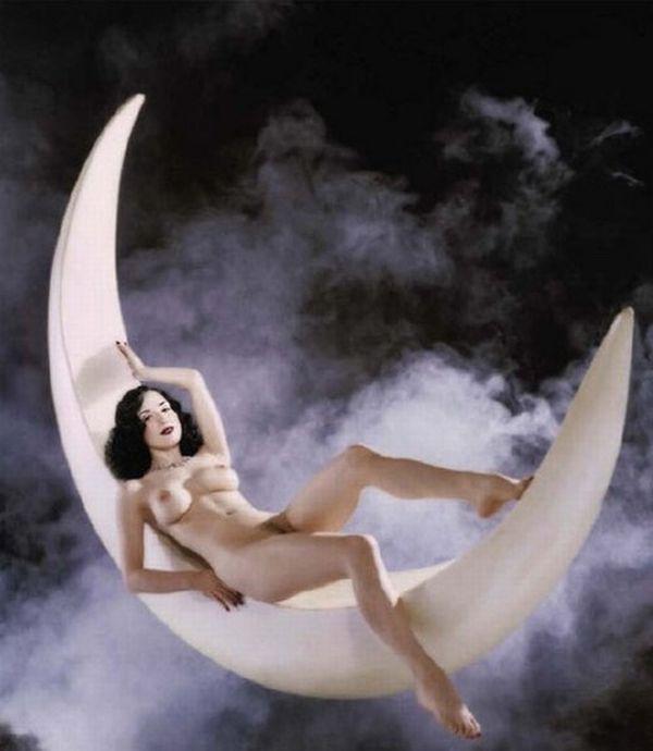Big collection of erotic photos of burlesque queen Dita von Teese - 54