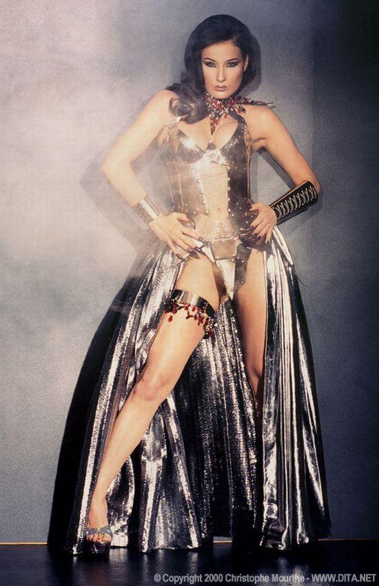 Big collection of erotic photos of burlesque queen Dita von Teese - 67