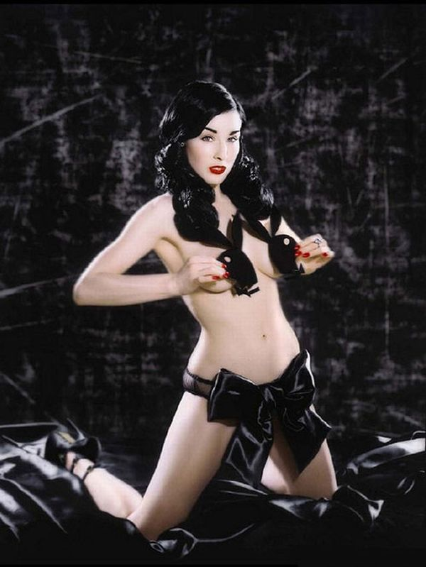 Big collection of erotic photos of burlesque queen Dita von Teese - 69
