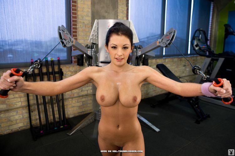 фотографии голых женщин занимающихся спортом