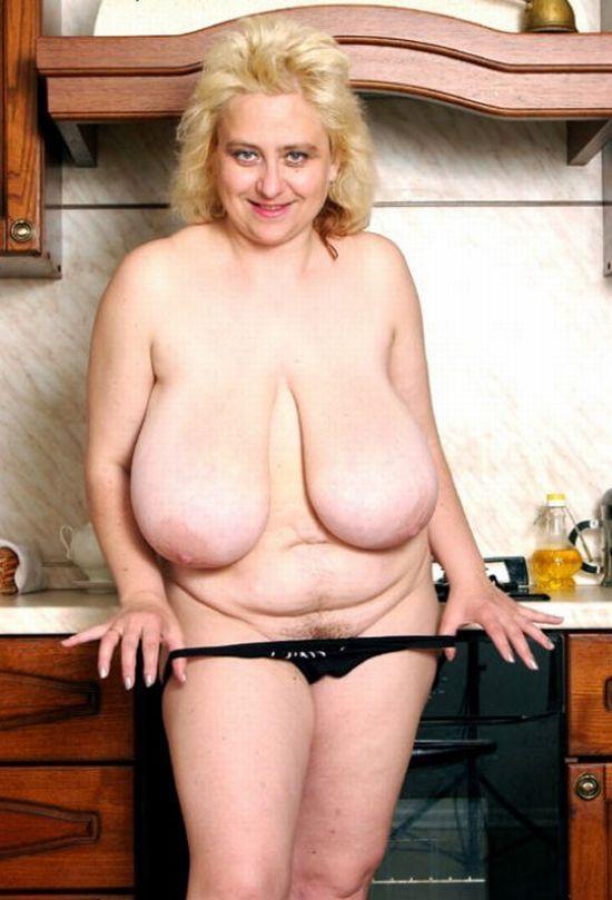 Тетя с отвисшими сиськами порно 2 фотография