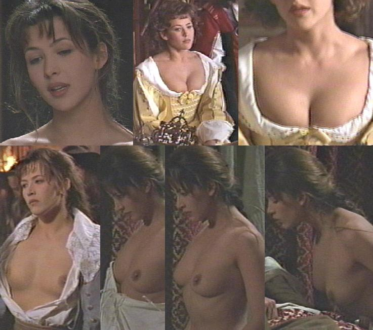 Candid movie scenes with Sophie Marceau - 03