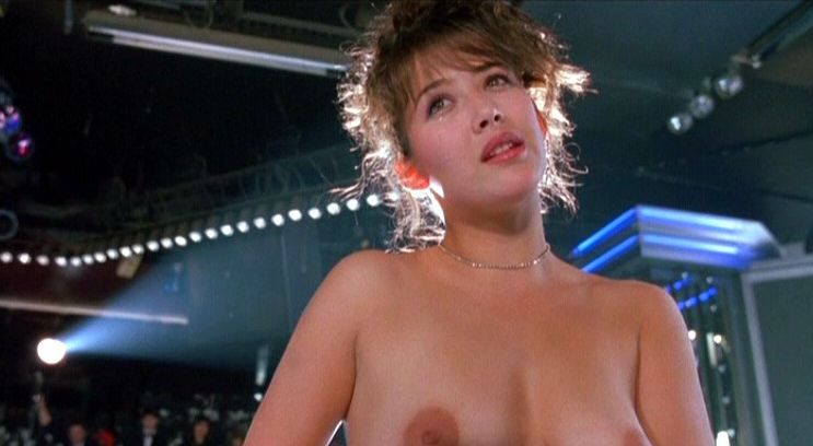 Candid movie scenes with Sophie Marceau - 16