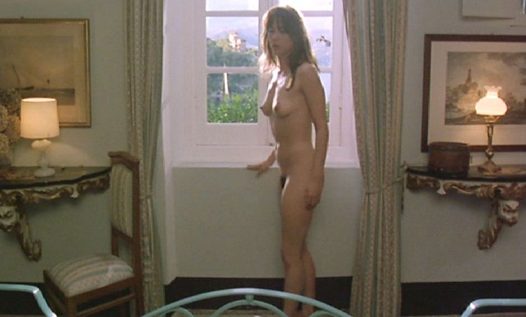 Candid movie scenes with Sophie Marceau - 42