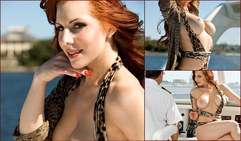 Taking a yacht with a redheaded Tali - 13
