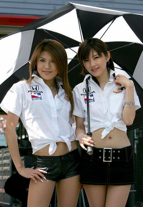 Hot girls from Formula 1 - 13