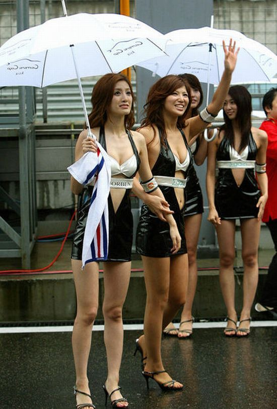Hot girls from Formula 1 - 16