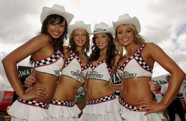 Hot girls from Formula 1 - 18