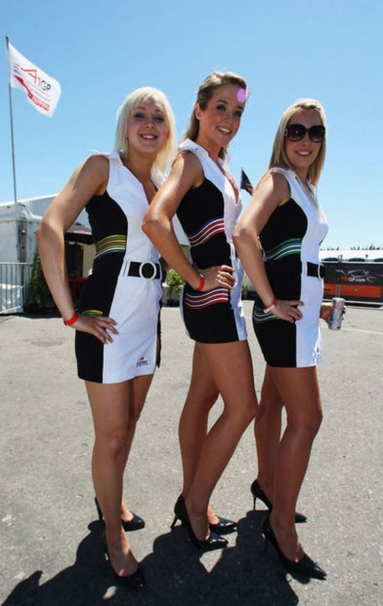 Hot girls from Formula 1 - 30