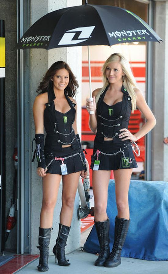 Hot girls from Formula 1 - 36