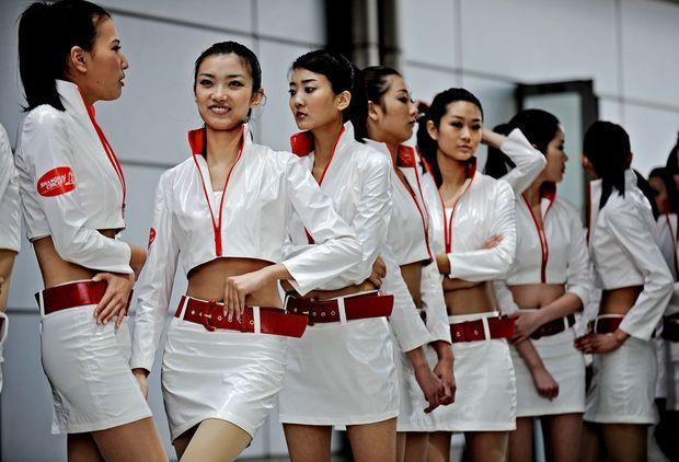Hot girls from Formula 1 - 50