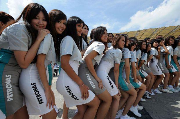 Hot girls from Formula 1 - 52