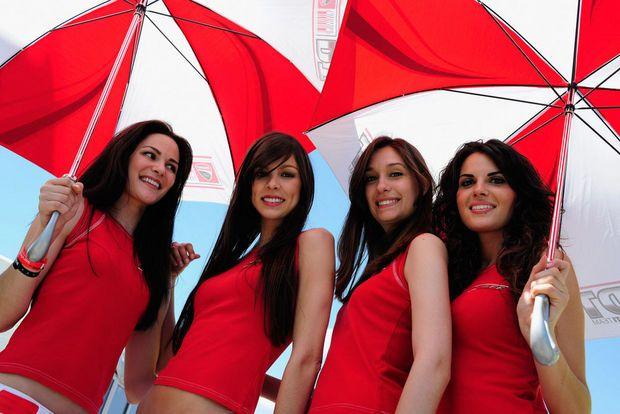 Hot girls from Formula 1 - 56
