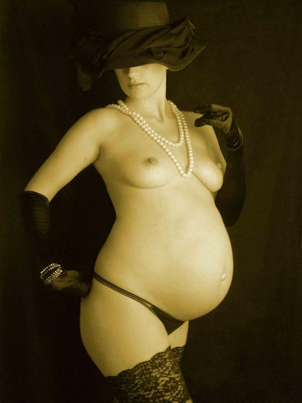 Erotic photos of pregnant girls - 04