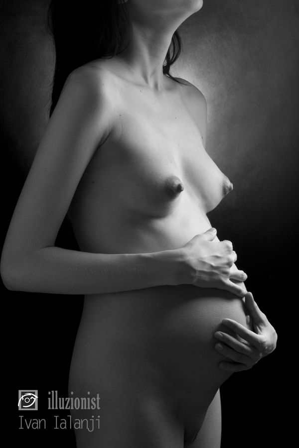 Erotic photos of pregnant girls - 15