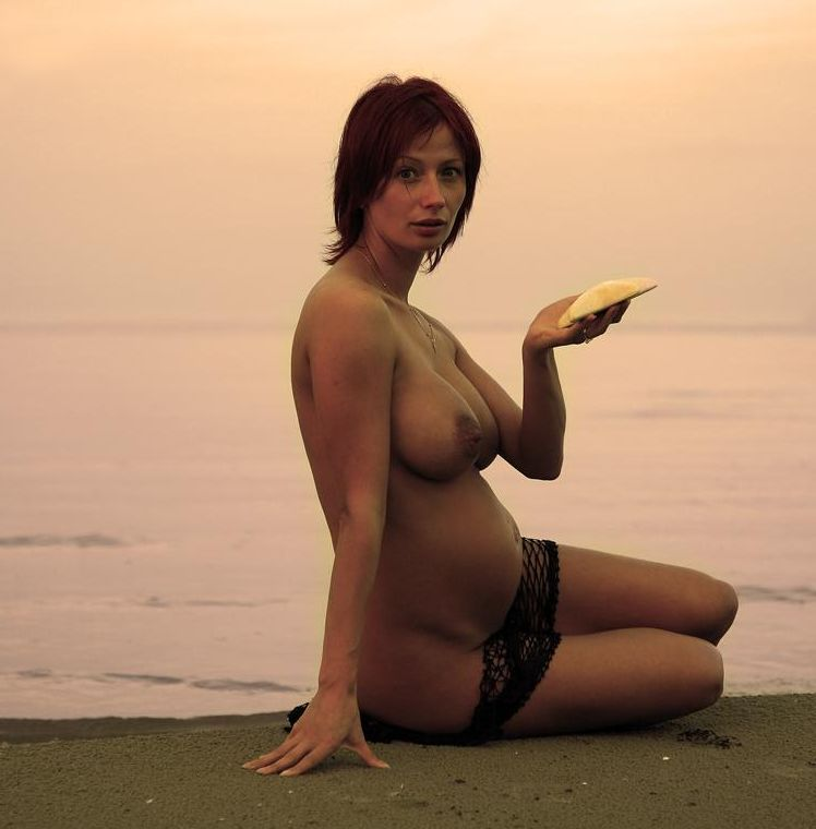 Erotic photos of pregnant girls - 23