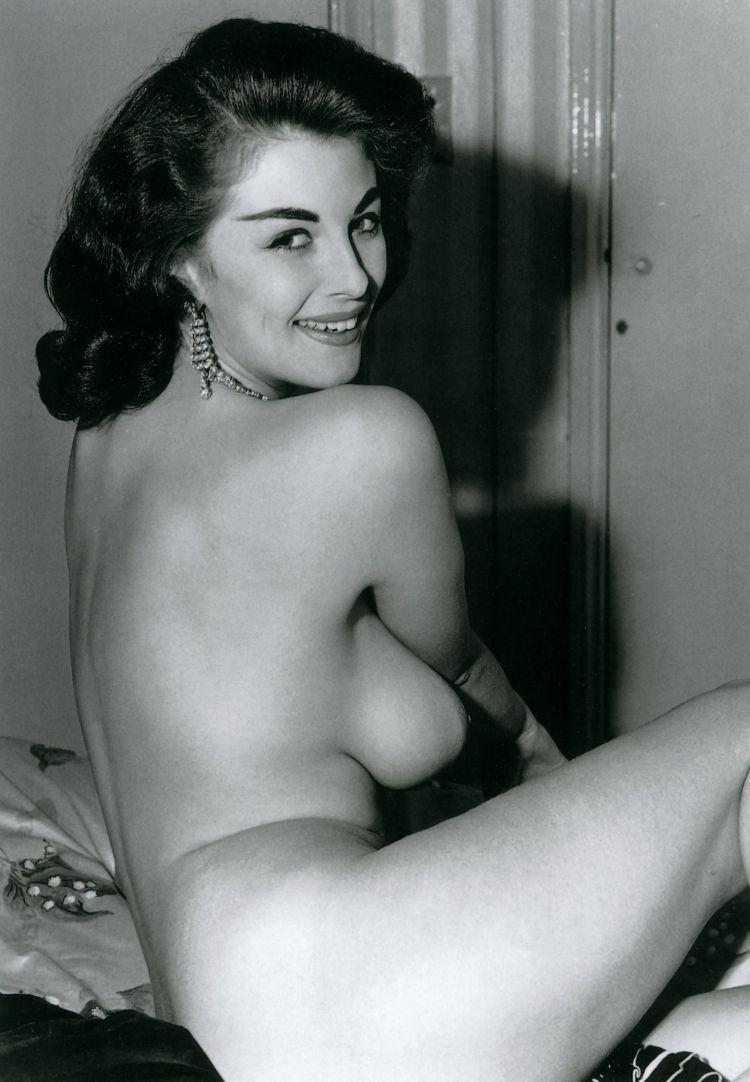 vintage pointy tits xxx