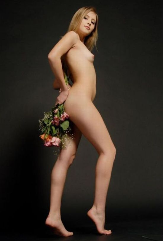 Girls like flowers and they fit together very well - 18