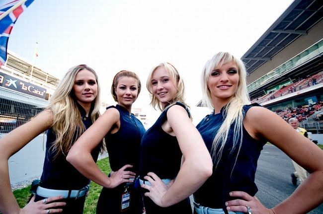 Gorgeous chicks at the 2010 Indy 500 - 27