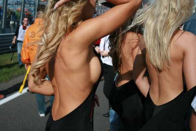 Gorgeous chicks at the 2010 Indy 500 - 53