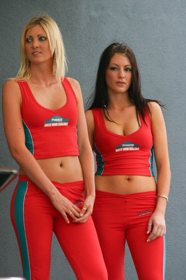 Gorgeous chicks at the 2010 Indy 500 - 56