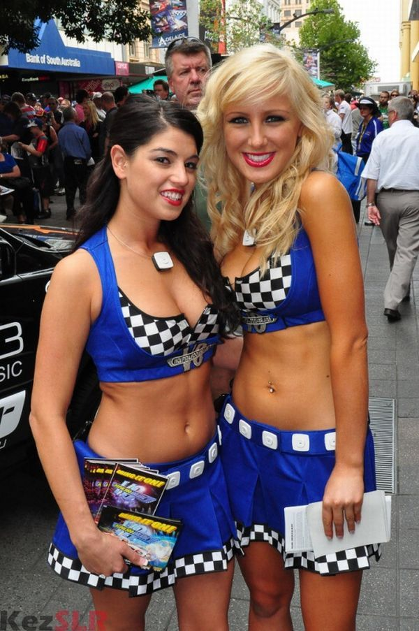 Gorgeous chicks at the 2010 Indy 500 - 60