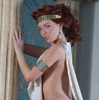 Polina looks great in the role of the Greek goddess