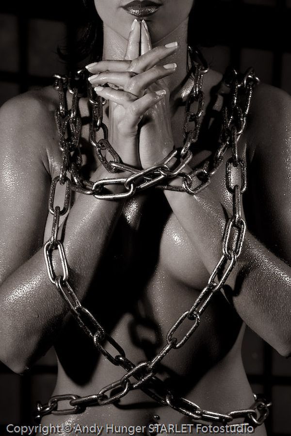 Black and white erotica of photographer Andy Hunger - 47