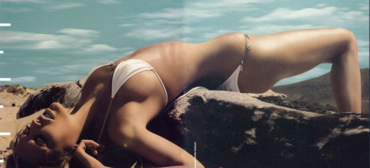 Ten most seductive Greek women - 17