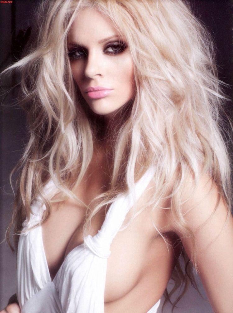 Ten most seductive Greek women - 60