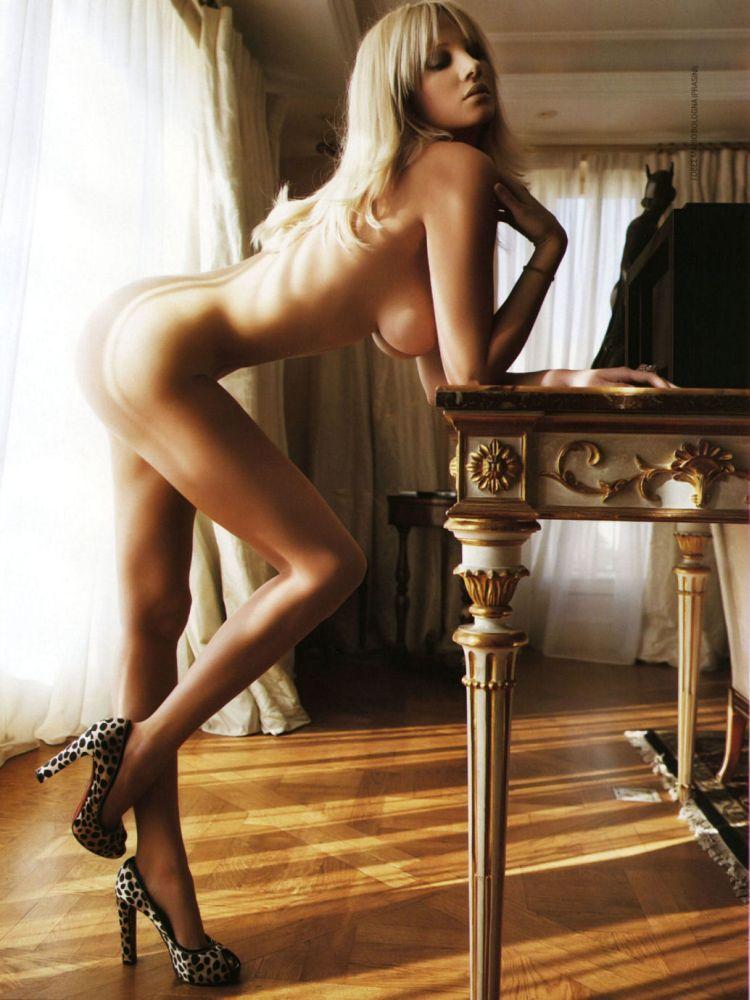 Ten most seductive Greek women - 73