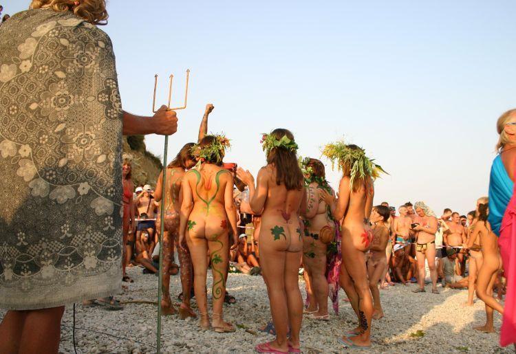 Nude Carnival - 01