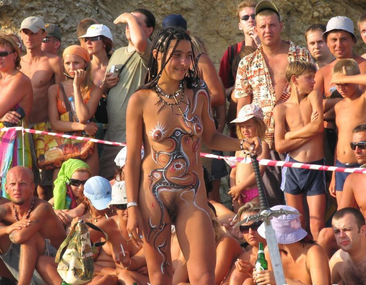 Nude Carnival - 11