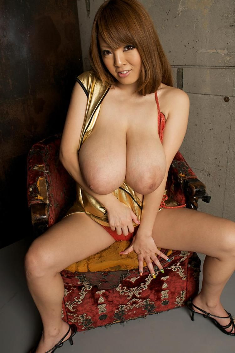 Hitomi Tanaka, the owner of mega breasts - 21