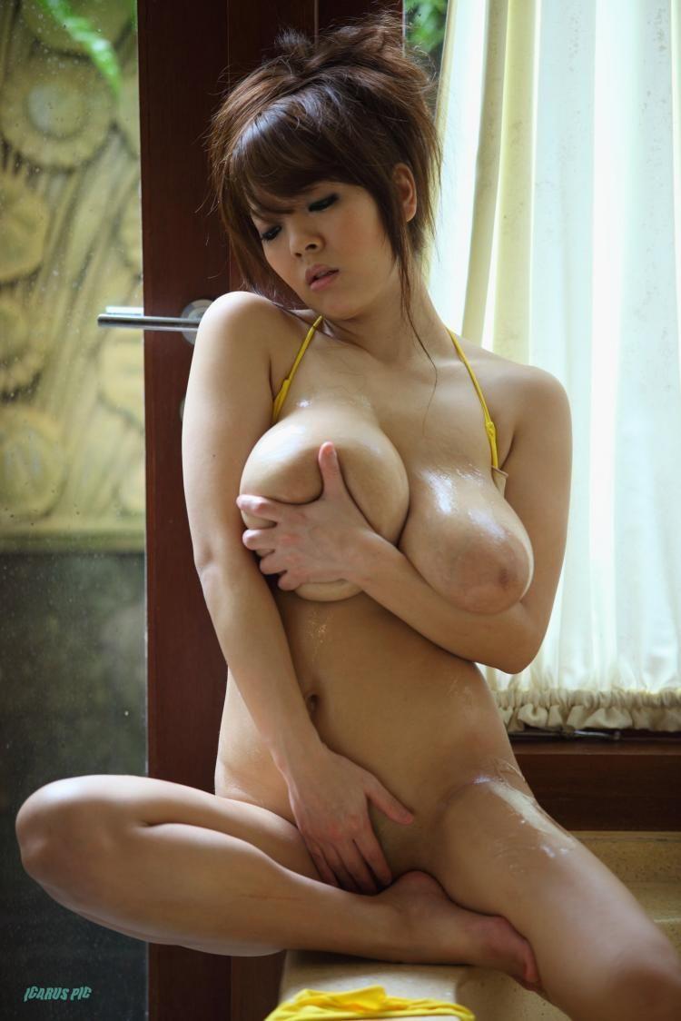 Hitomi Tanaka, the owner of mega breasts - 27